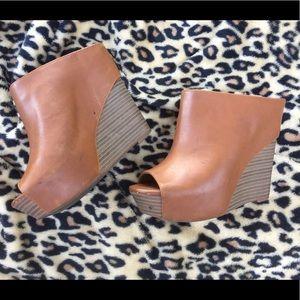 Jessica Simpson wedge size7.5M tan/brown